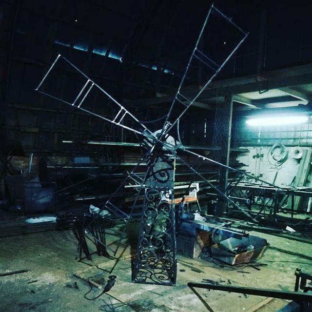 Мельница почти готова. #мельница #ветер #кузницауглебыча #ковкакоприно #изделие