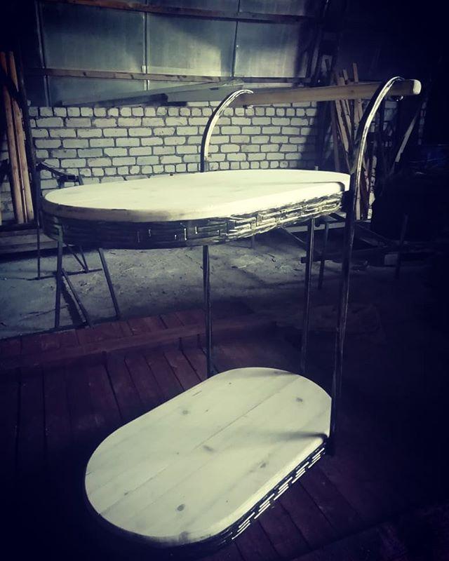 Изготовили стол на заказ. #кузницауглебыча #стол #заказ #назаказ